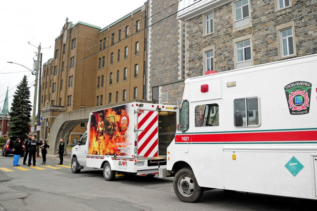 À la suite de l'incendie suspect qui est survenu, samedi, au Centre St-Joseph,... (Andréanne Lemire)
