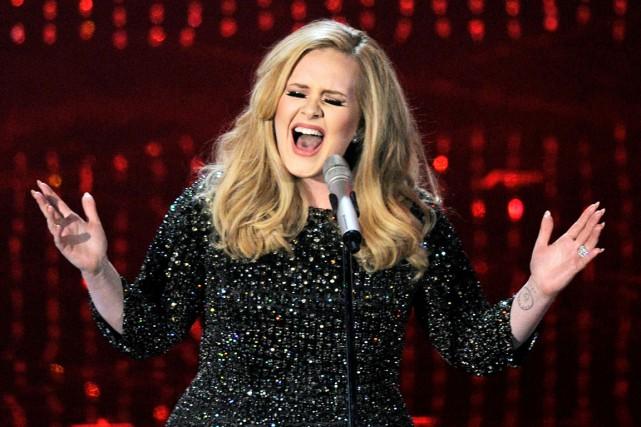 La chanteuse britannique Adele lors de la soirée... (AP, Chris Pizzello)