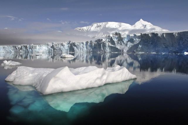 Alors que les océans se réchauffent, les eaux... (ARCHIVES AP)