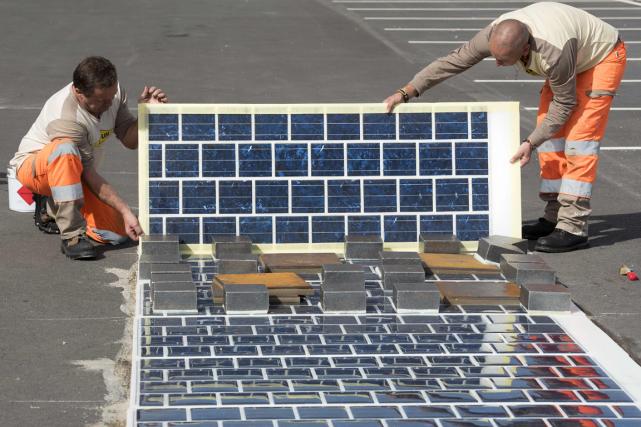 Le revêtement photovoltaïque WattWay pourrait fournir beaucoup d'électricité... (Photo fournie par Colas)