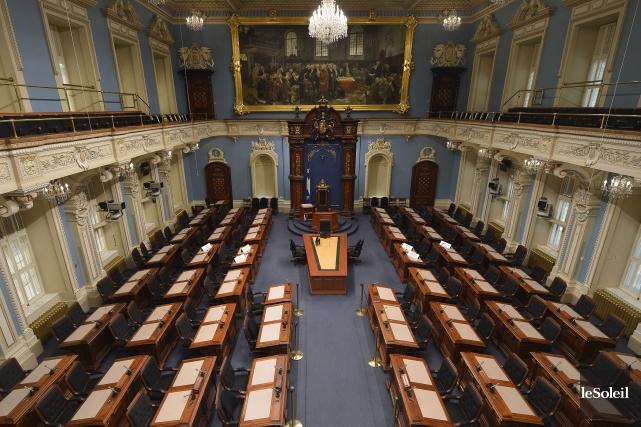 Le Salon bleu de l'Assemblée nationale... (Photo Yan Doublet, archives Le Soleil)