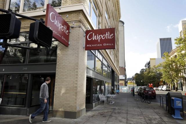 Chipotle, chaîne de fast-food très populaire aux États-Unis,... (PHOTO AP)