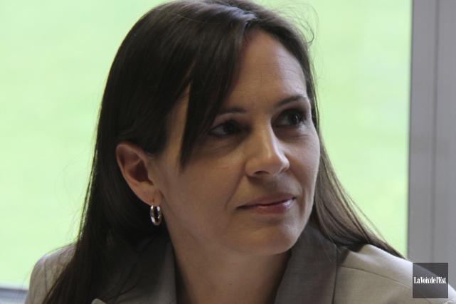 Isabelle Charest, responsable des communications à la CSVDC.... (Archives La Voix de l'Est)