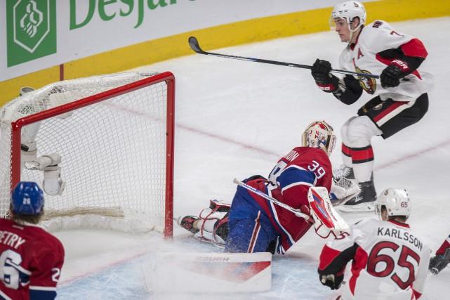 Kyle Turris a déjoué Mike Condon à l'aide... (Paul Chiasson, La Presse Canadienne)