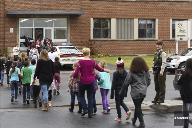 Des dizaines d'écoles partout au Québec - et... (PHOTO FRANÇOIS GERVAIS, LE NOUVELLISTE)