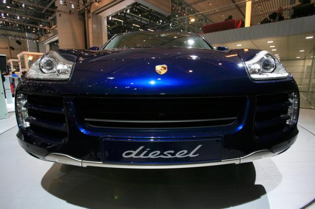 Le Porsche Cayenne diesel... (Photo Denis Balibouse, archives Reuters)