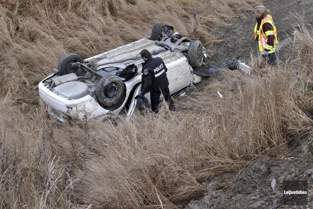 Un accident impliquant deux véhicules a fait deux... (Photo Le Quotidien, Rocket Lavoie)