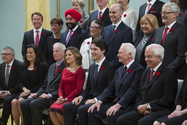 Le gouverneur général David Johnston et le premier... (La Presse Canadienne, Sean Kilpatrick)