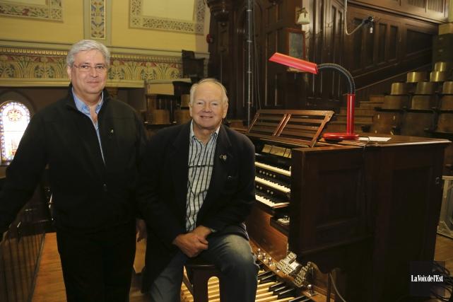 Gilles Baron et Placide Rodrigue affirment qu'il importe... (Alain Dion, La Voix de l'Est)