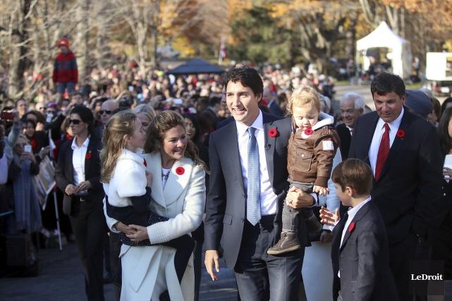 Accompagné de sa famille, le premier ministre Trudeau... (Etienne Ranger, LeDroit)
