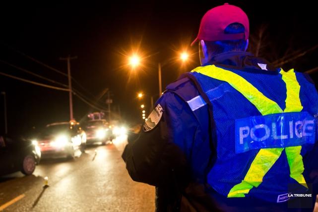 Un policier de Magog a été blessé lors d'une intervention qui s'est déroulée... (Archives La Tribune, Jessica Garneau)