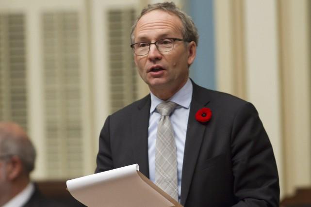 Le président du Conseil du trésor, Martin Coiteux... (Photo Clément Allard, La Presse Canadienne)