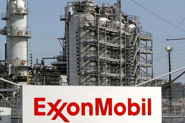 La compagnie pétrolière américaine ExxonMobil a réussi à contenir mercredi une... (PHOTO JESSICA RINALDI, ARCHIVES REUTERS)