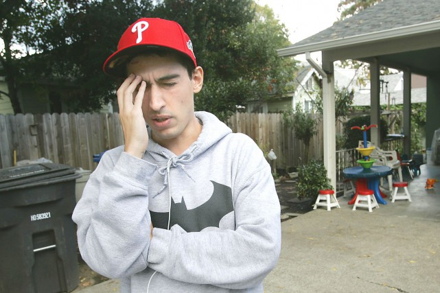 L'étudiant Luis Ortiz souffrait de maux de tête... (AP)