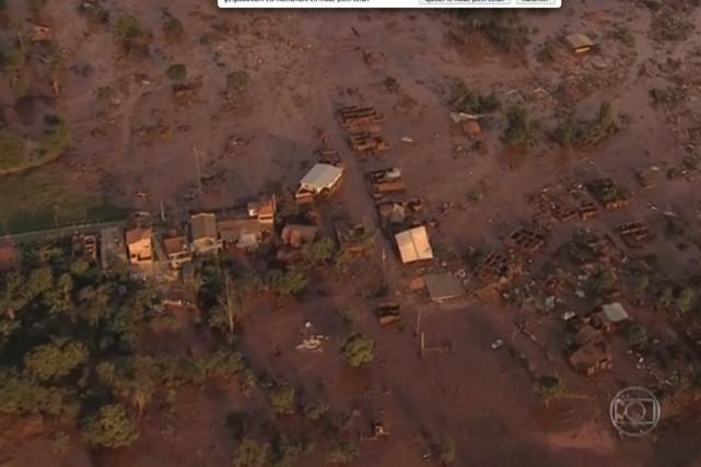Les images d'hélicoptère diffusées par la télévision Globo... (Image tirée d'une vidéo de la chaîne Globo)