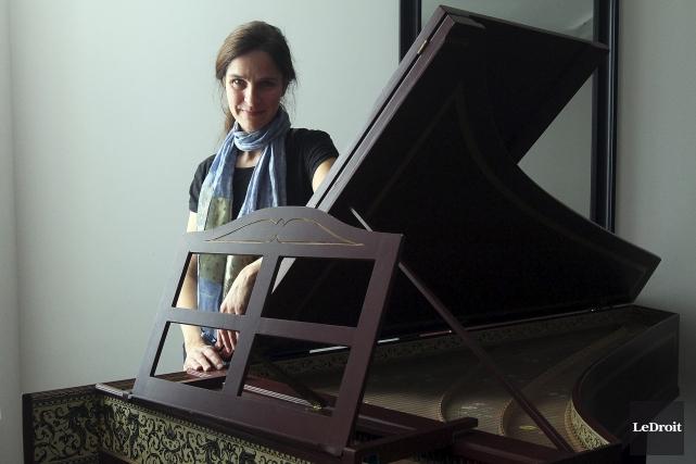 La claveciniste Johanne Couture se consacre à la... (Etienne Ranger, LeDroit)
