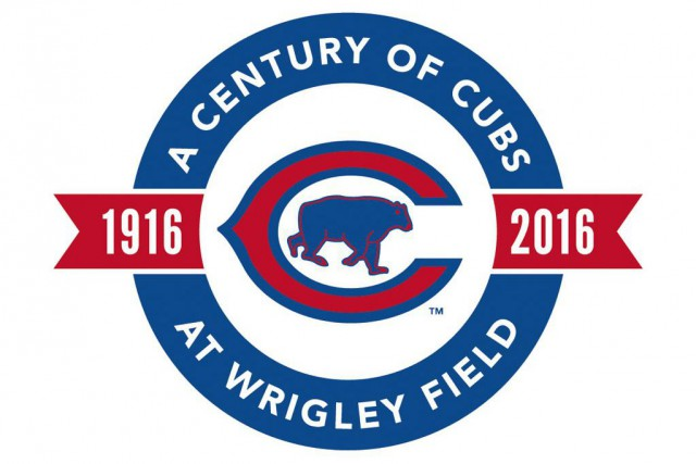 Aux couleurs bleu, blanc et rouge, l'insigne incorpore... (PHOTO CHICAGO CUBS VIA ASSOCIATED PRESS)