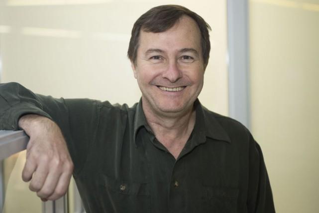 Le chef de l'ensemble Vocalys Raymond Perrin.... (Stéphane Lessard)