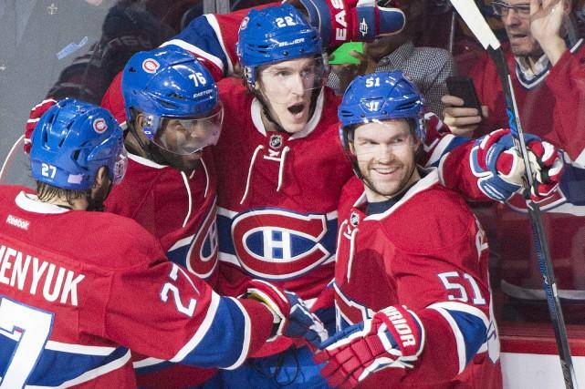 Après 15 matchs en saison régulière, Desharnais et... (Photo Presse Canadienne)