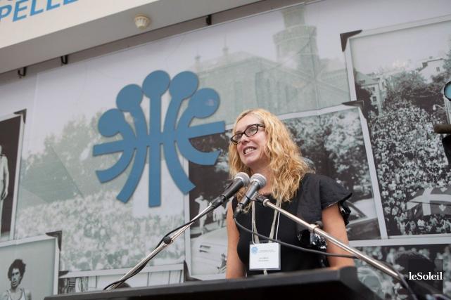La vice-présidente du comité exécutif, Julie Lemieux, fait... (Le Soleil, Caroline Grégoire)