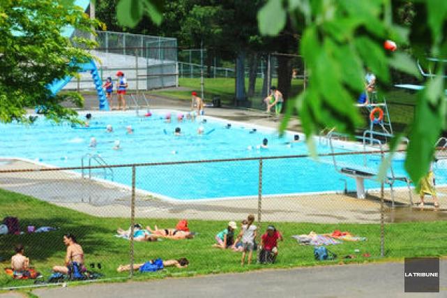 Deux piscines publiques seront reconstruites en 2016 for Piscine publique