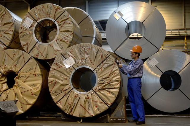 Le géant mondial de la sidérurgie ArcelorMittal a suspendu indéfiniment... (Photo Paul O'Driscoll, archives Bloomberg News)