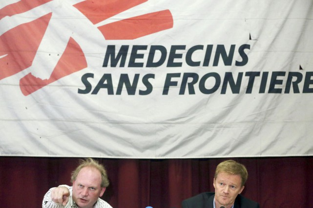 Michael Hofman (à gauche) et Christopher Stokes de... (PHOTO MASSOUD HOSSAINI, AP)