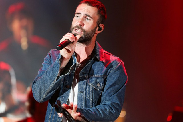 Adam Levine de Maroon 5 lors d'un spectacle... (Archives AP)