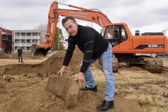 Une importante quantité de morceaux de béton ont... (François Gervais)