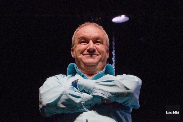 Michel Barrette offre son nouveau spectacle ce soir... (Archives La Voix de l'Est)