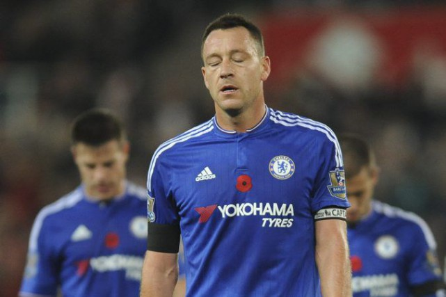 Chelsea captain John Terry reacts after the English... (PHOTO RUI VIEIRA, AP)