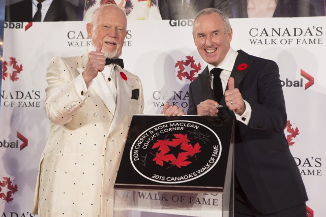 L'excentrique commentateur de hockey Don Cherry (au côté... (La Presse Canadienne, Chris Young)