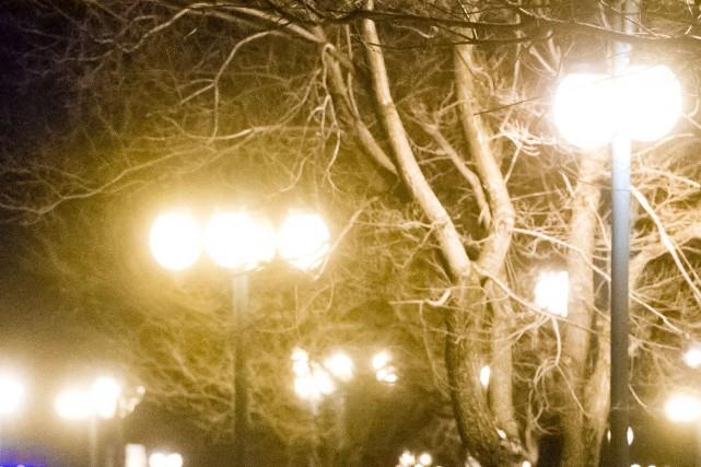Le nouvel éclairage de rue à Magog crée-t-il davantage de pollution lumineuse... (La Tribune archives, Jocelyn Riendeau)