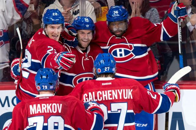 David Desharnais (au centre) est l'un de ceux... (La Presse Canadienne, Paul Chiasson)