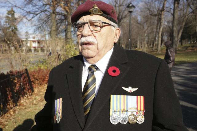 Monsieur Jean-Marie Larouche, vétéran.... (photo Catherine Trudeau)