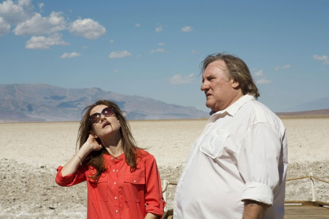Isabelle Huppert et Gérard Depardieu dans Valley of... (PHOTO FOURNIE PAR LE FESTIVAL DE CANNES)