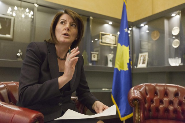 La présidente du Kosovo Atifete Jahjaga photographiée dans... (PHOTO VISAR KRYEZIU, AP)