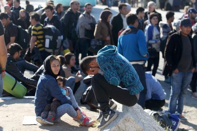 Près d'Eidomeni, dans le nord de la Grèce,... (PHOTO SAKIS MITROLIDIS, AFP)