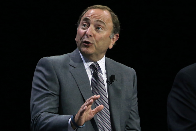 Le commissaire de la LNH, Gary Bettman.... (Photo Tom Szczerbowski, archives USA Today)