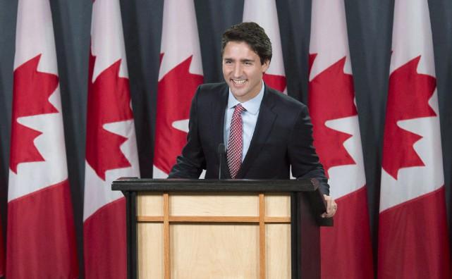 «La décision très rapide du gouvernement Trudeau de... (PHOTO ADRIAN WYLD, LA PRESSE CANADIENNE)