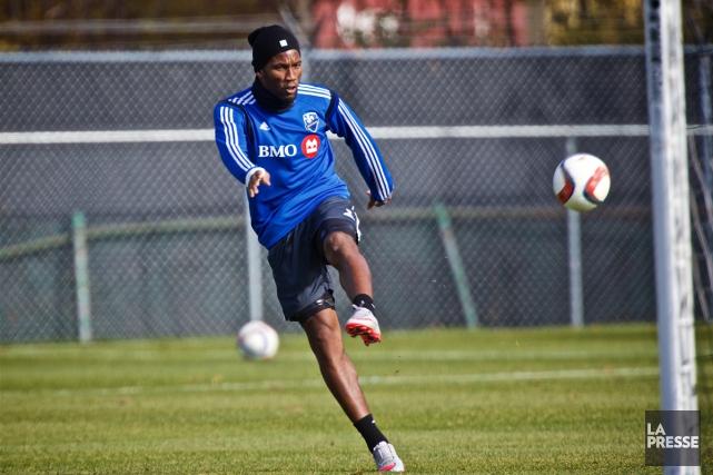 L'attaquant Didier Drogba à l'entraînement.... (Photo André Pichette, archives La Presse)