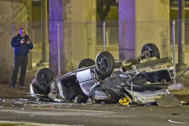 L'accident est survenu vers 2h40 sur un viaduc... (PHOTO FÉLIX O.J. FOURNIER, COLLABORATION SPÉCIALE)