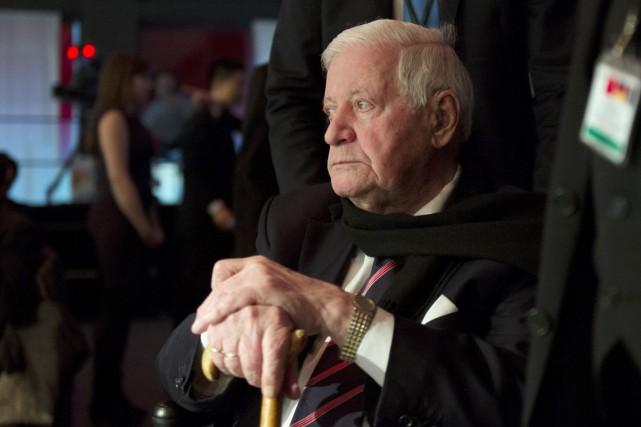 L'ex-dirigeant social-démocrate a été chancelier de l'Allemagne de... (PHOTO JOHANNES EISELE, ARCHIVES AFP)