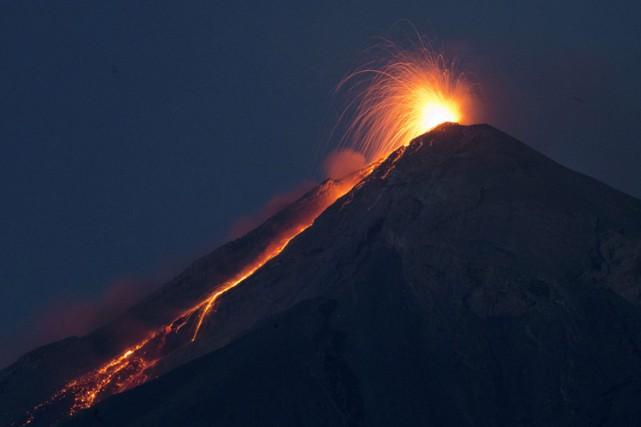 En février dernier, le volcan Fuego était entré... (ARCHIVES AP)