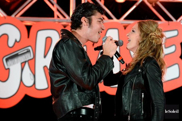 Le comédien Jason Roy-Léveillée et la chanteuse Annie... (Le Soleil, Erick Labbé)