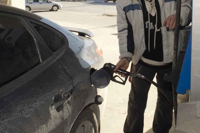 Une taxe de 1,5 sou le litre sur... (Archives, La Tribune)