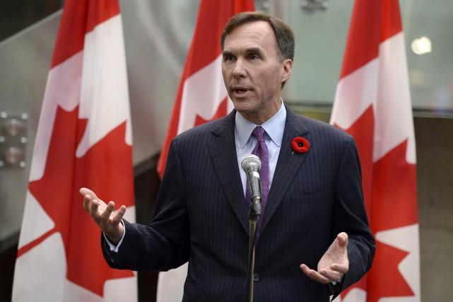 Mardi, le ministre Morneau a affirmé qu'il était... (Adrian Wyld, La Presse Canadienne)