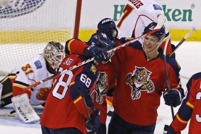 Jaromir Jagr a inscrit le but déterminant au troisième tiers et les Panthers de... (PHOTO AP)