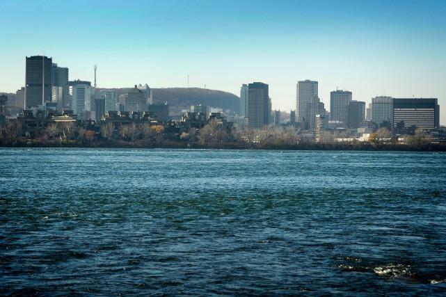 Le déversement par la Ville de Montréal de... (PHOTO BERNARD BRAULT, LA PRESSE)