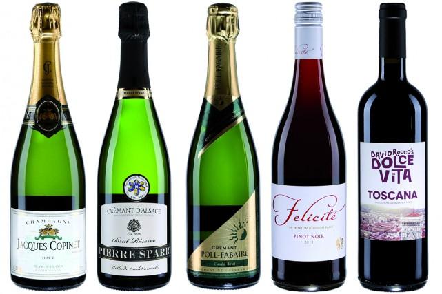 Signe que le temps des Fêtes approche à grands pas, de nouveaux vins mousseux...